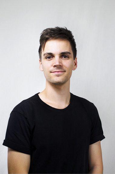 Medarbejder Alex Davis